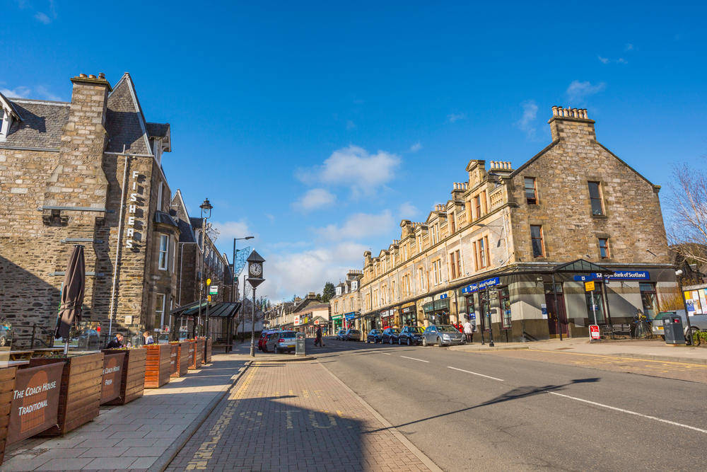 High Street in Pitlochry - © VisitScotland