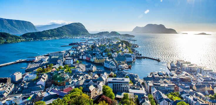 Fjordnorwegen: Kulturwandern zwischen Jugendstil, Alpenpanorama und tiefen Fjorden
