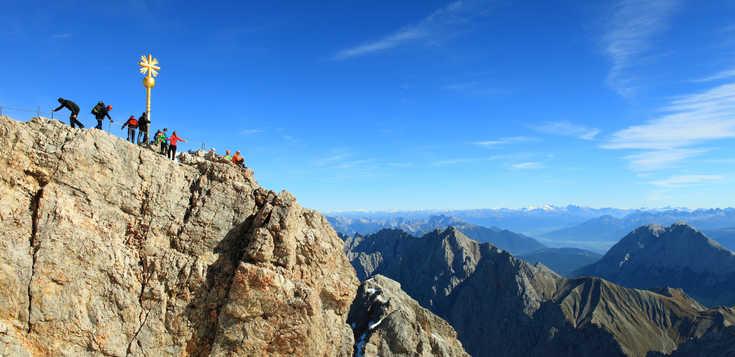 Auf Panoramawegen von der Zugspitze zum Gardasee