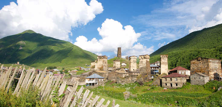 Hohe Türme, tiefer Glaube und kaukasische Gipfelpracht