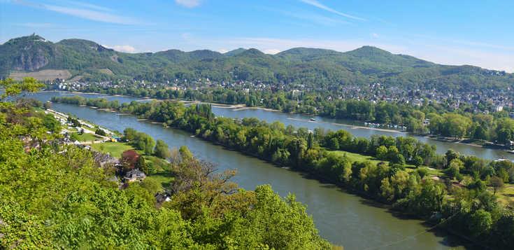 Premium-Wanderwege hoch über dem Rhein