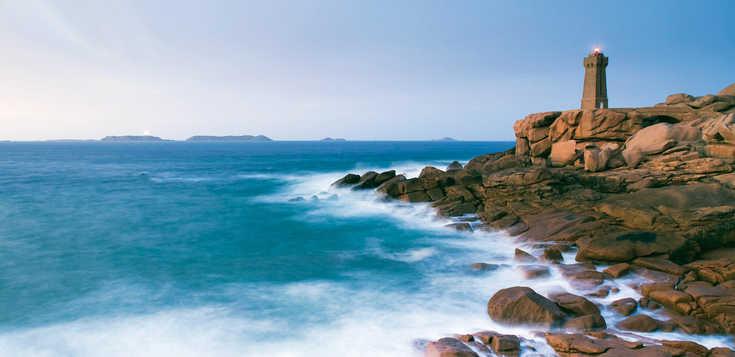 Frankreich: Bretagne - an der Rosa Granitküste