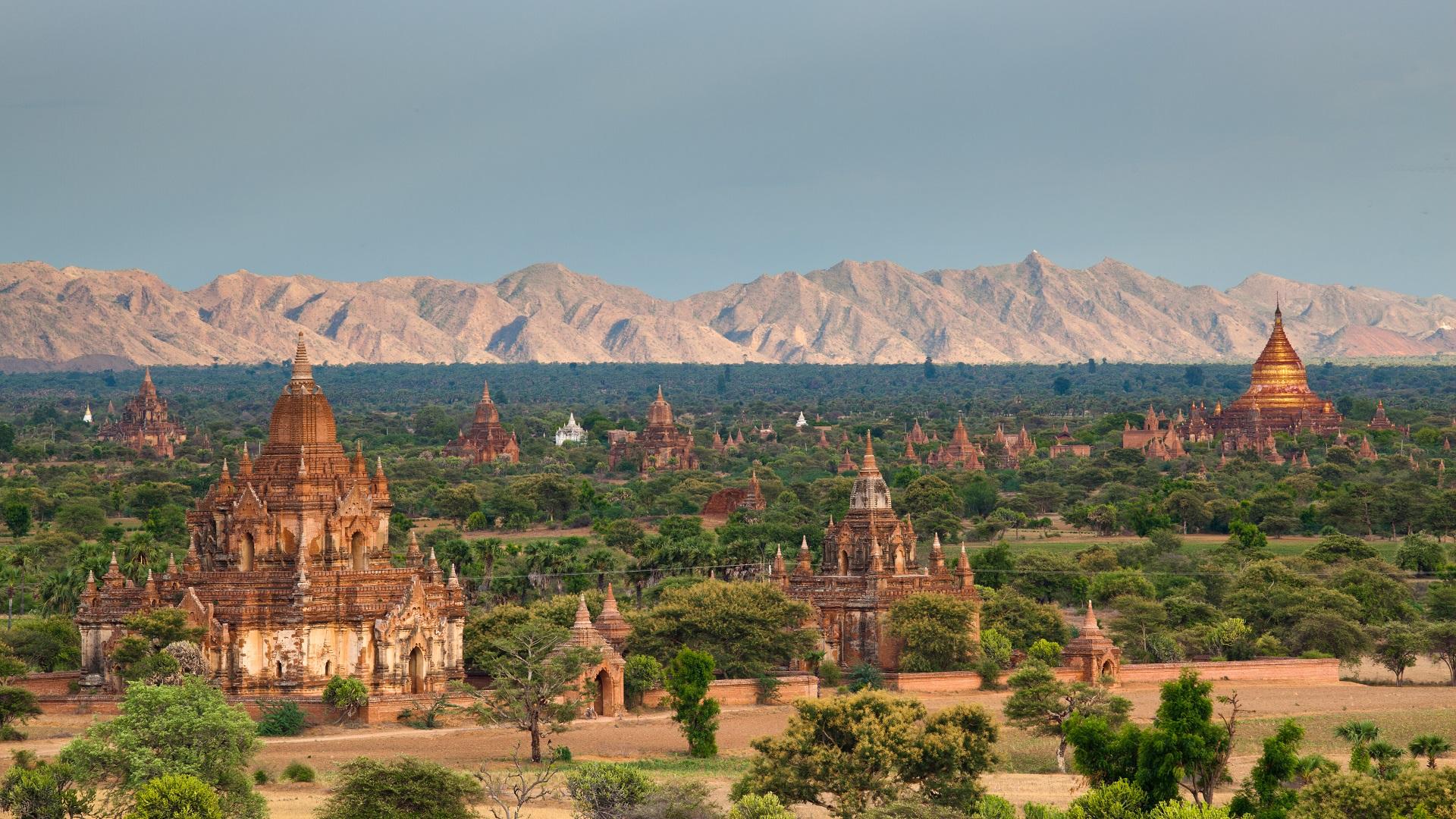 Blick auf die Bagan-Ebene