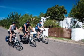 Radgruppe auf dem Weg nach Santa Gertrudis