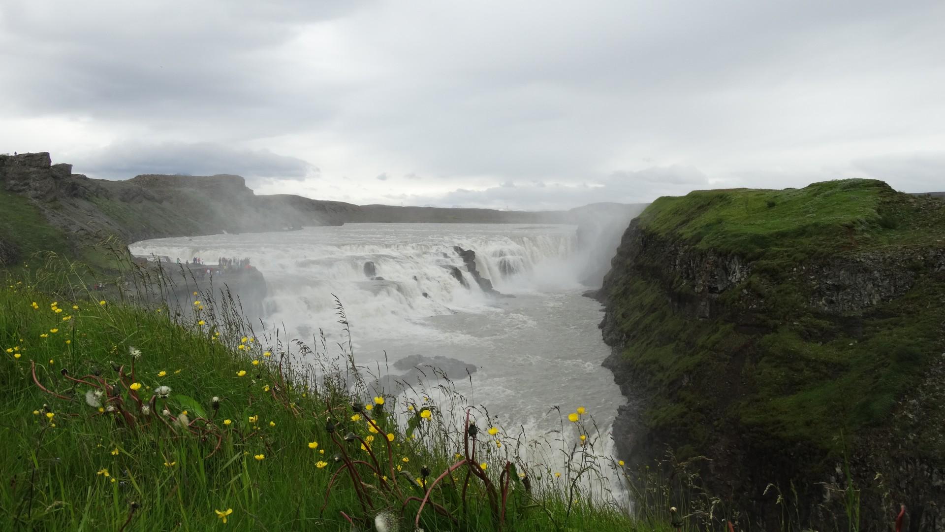 Der goldene Wasserfall Gullfoss