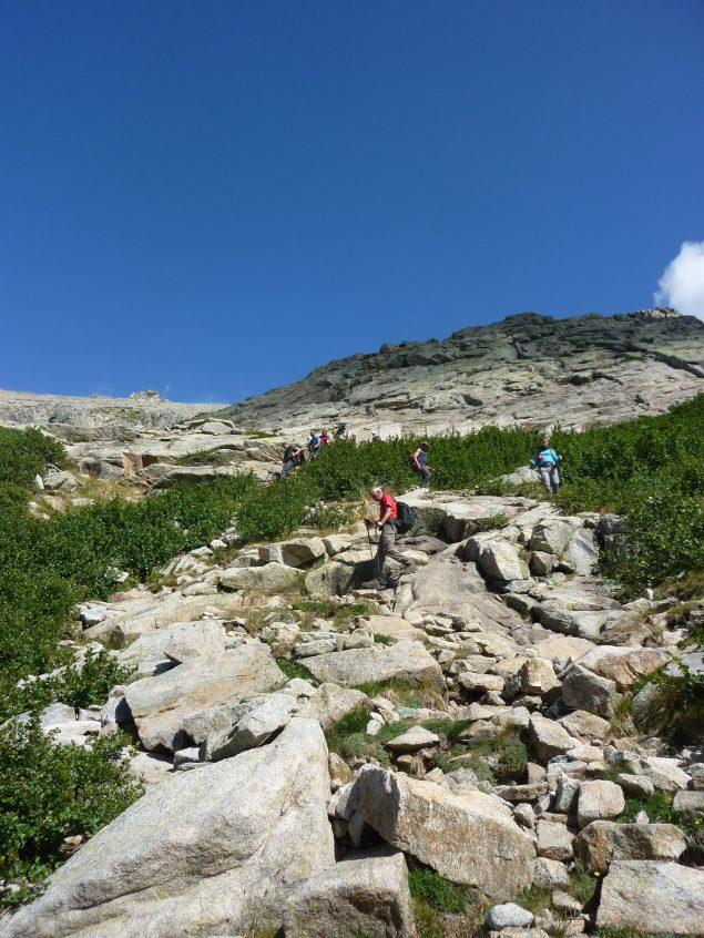 Abstieg ins Grotelle-Tal