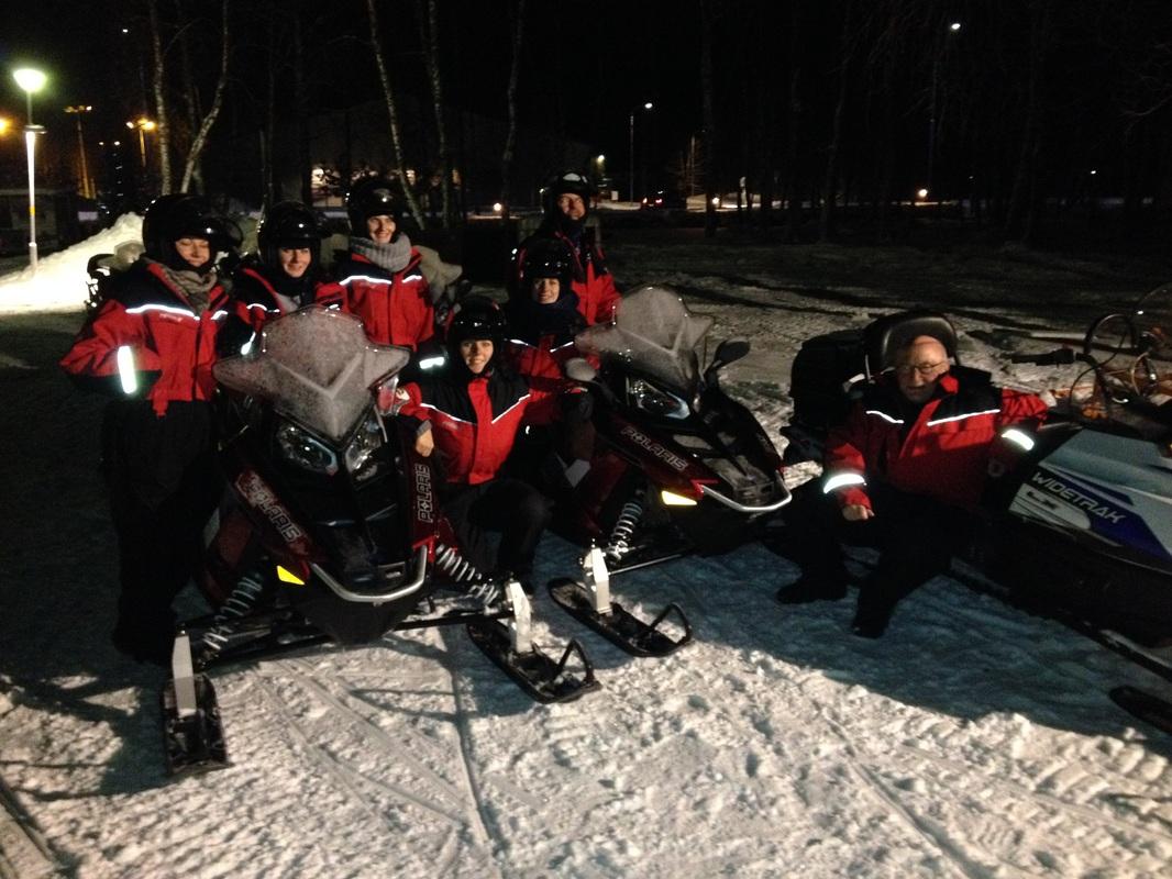 Die gesammelte Gruppe im Schnee