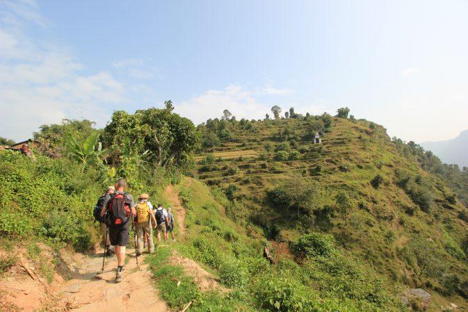 Fleißig am Wandern nach Astam Kot