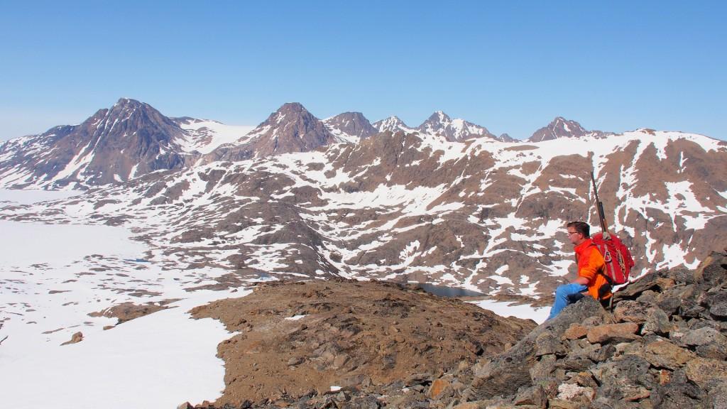 Blick vom Ymers Berg in das Tal zum Sermilik Fjord - ein Platz zum Träumen.