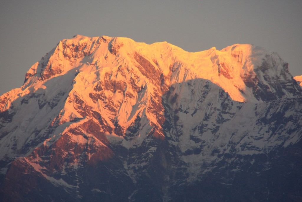 Blick Richtung Annapurna Massiv bei Sonnenaufgang