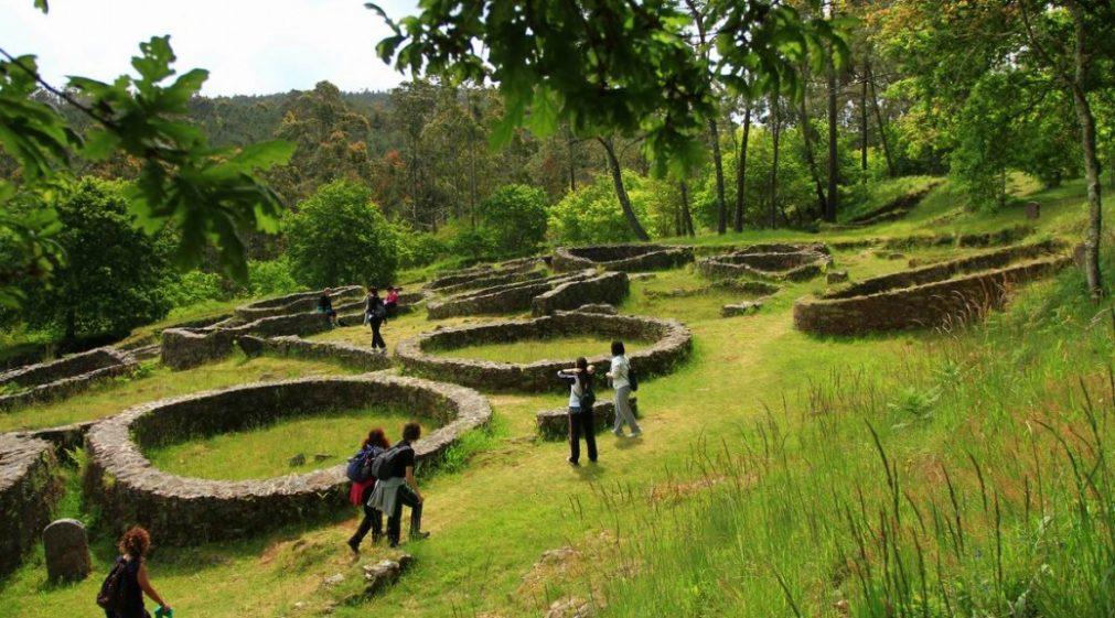 Ausgrabungsstätte des Castro de Borneiro - © Asociación O Camiño dos Faros