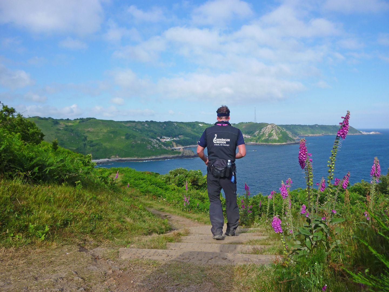 Keep Walking! – Eine Odyssee um die Insel Jersey
