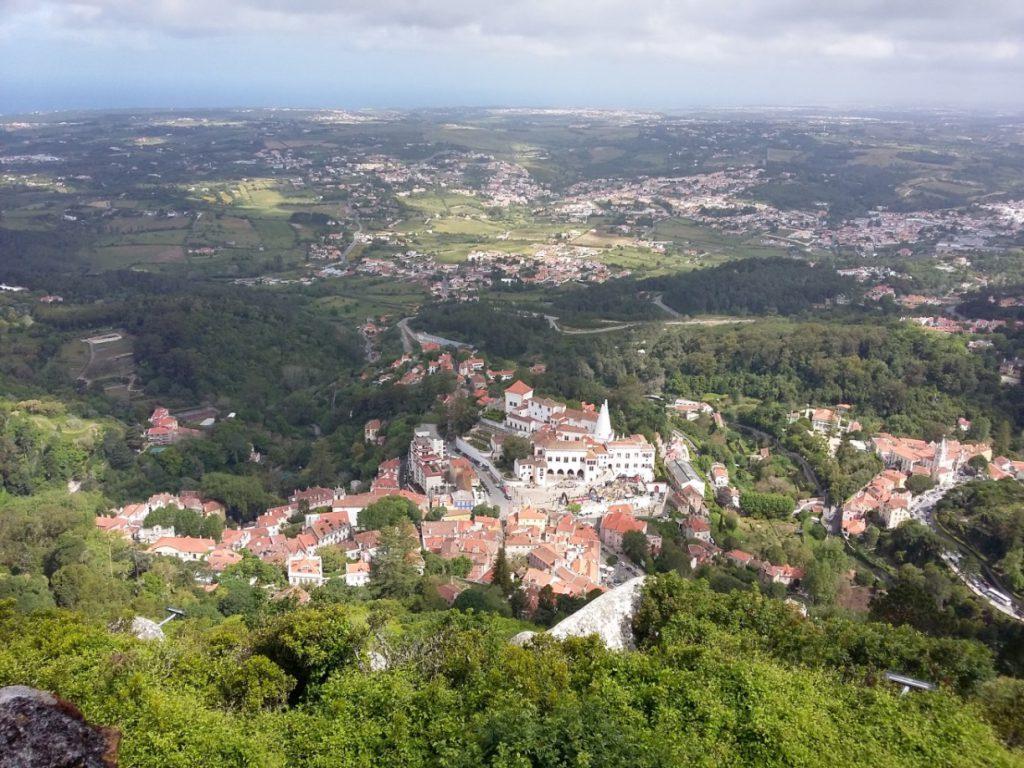 Ausblick vom Maurenkastell auf Sintra und Umgebung