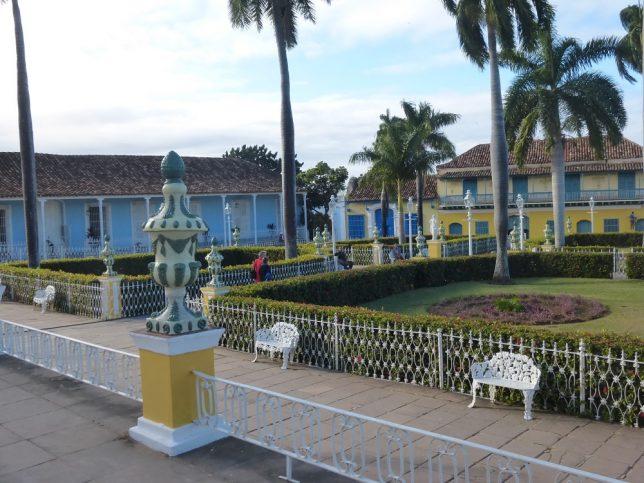 Trinidad - bunte Stadt