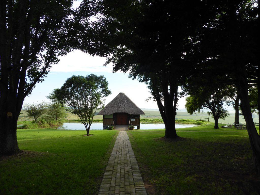 Gartenanlage der Dusk-to-Dawn Gästefarm