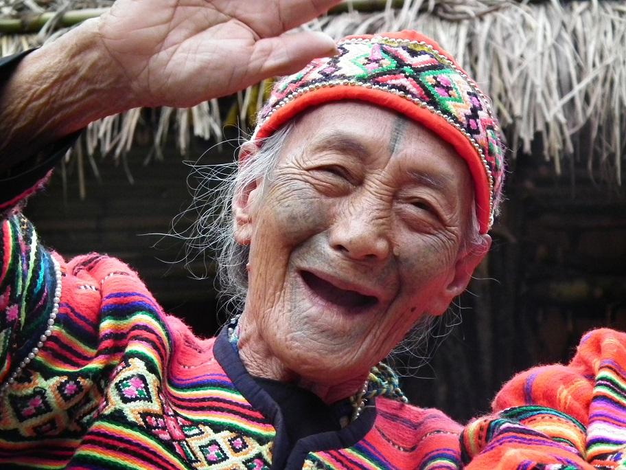 Truku mit traditionellen Tätowierungen