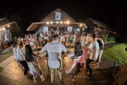 Leader Village – Überlebensstrategie in einer Ureinwohnerkultur