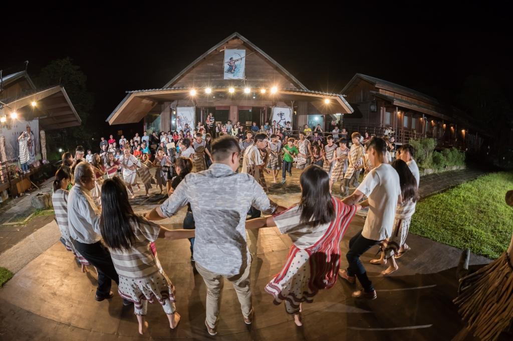 Tanzende Truku