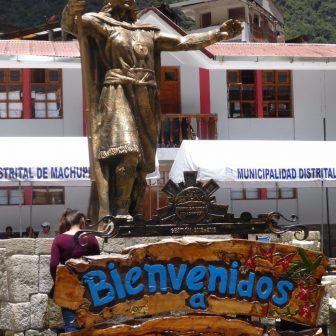 Begrüßung am Machu Picchu