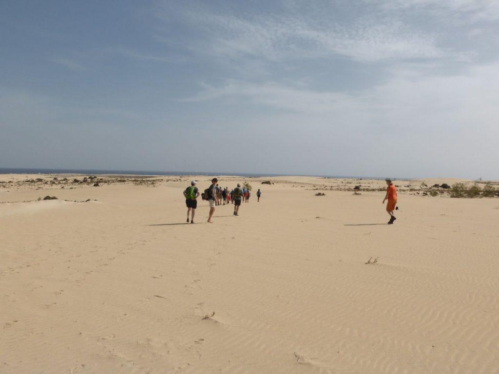 Gruppe in den Dünen von Corralejo