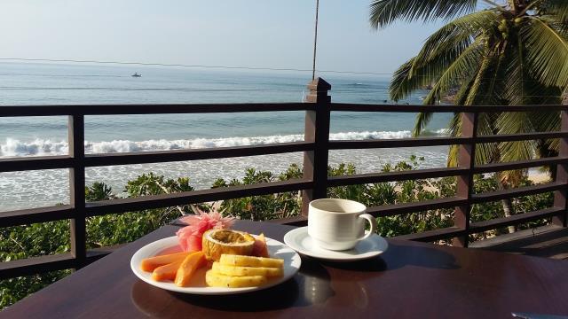 Frühstück am Sandstrand
