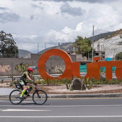 Guido verlässt Quito Richtung Tulcan