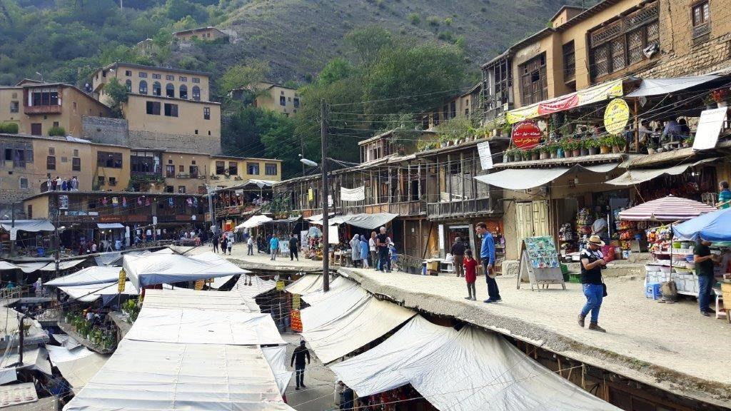 Masuleh - ein beliebttes Ausflugsziel auch für die Einheimischen