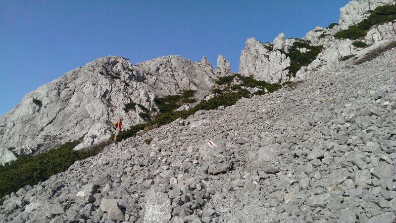 Echte Bergtour: Felsig und geröllig führt der Weg auf den Hochstaufen