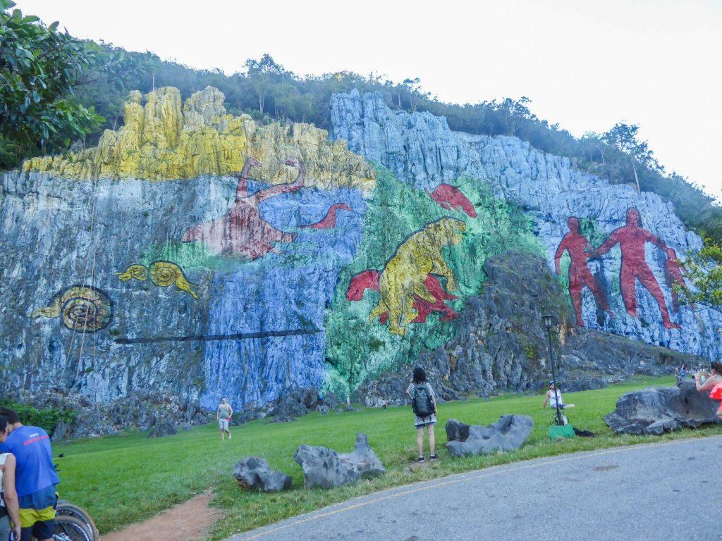 Wohin in Kuba: Mural de la Prehistoria Viñales
