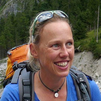Anja Bayer
