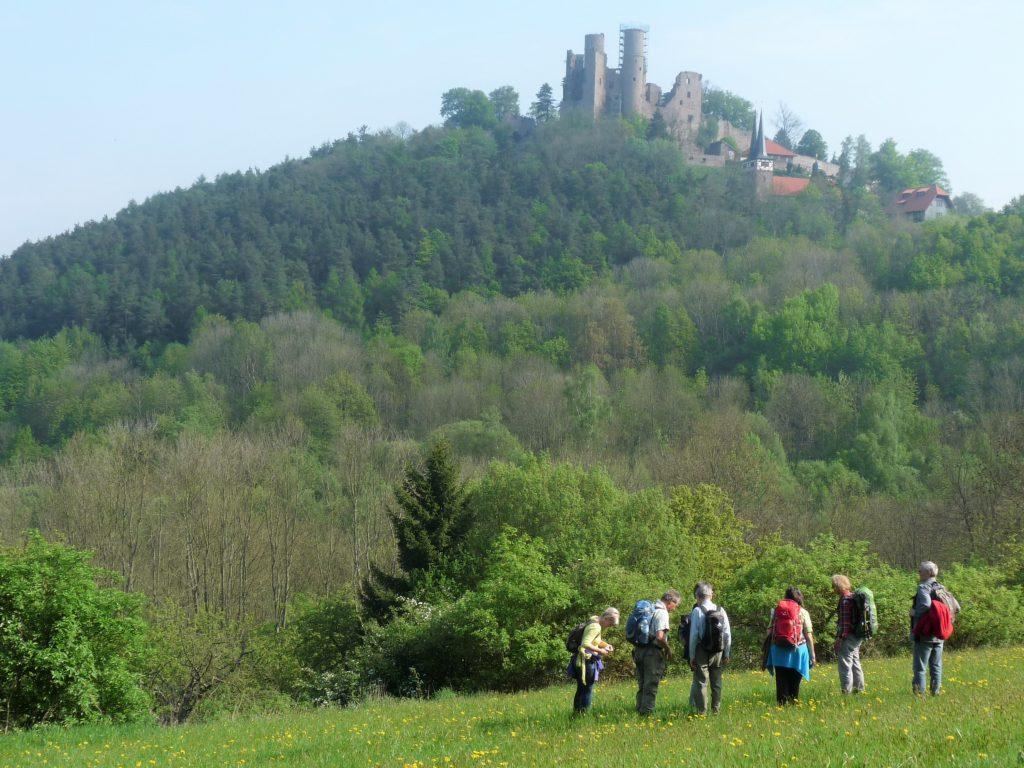 Die Burg Hanstein oberhalb der Werra, Nordhessen.