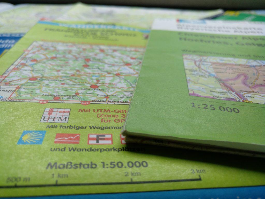 Ob du meherere Kartengrößen zur Wahl hast, hängt oft von der Region ab.