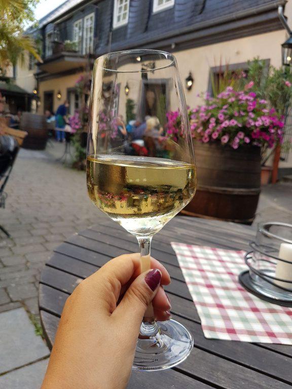 Darf es ein Gläschen Wein sein
