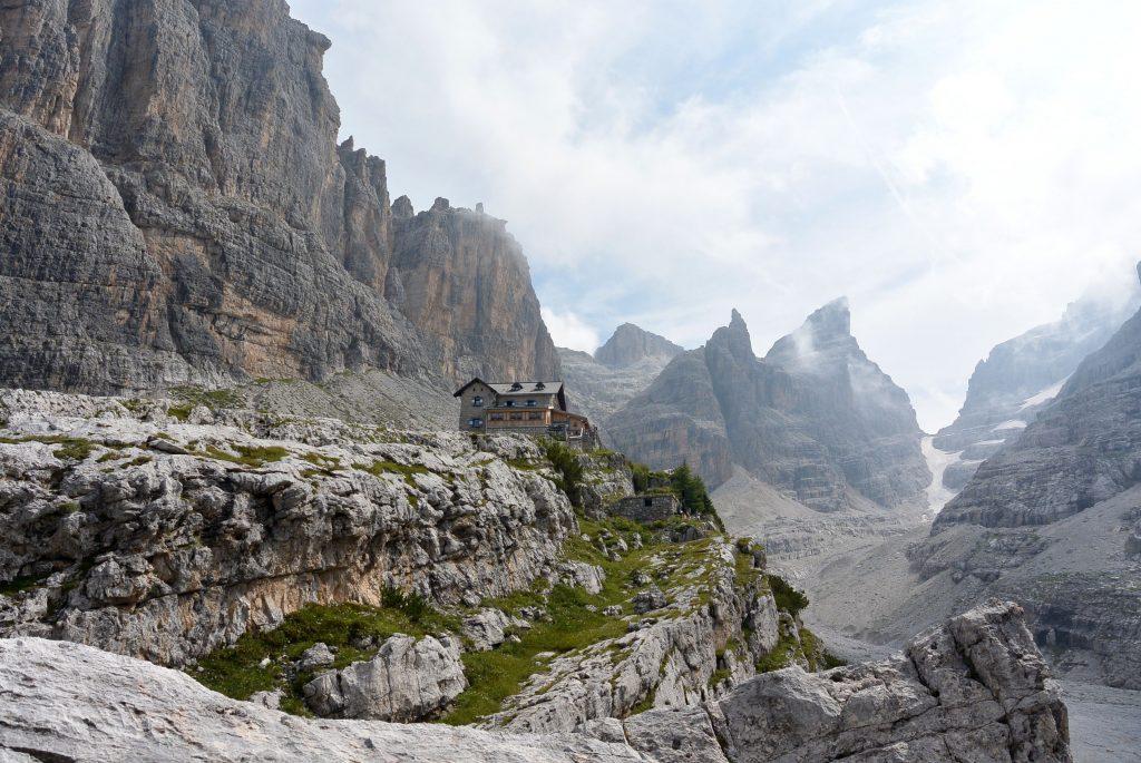 Alpentrekking, Mein erstes Alpentrekking: Von der Zugspitze zum Gardasee