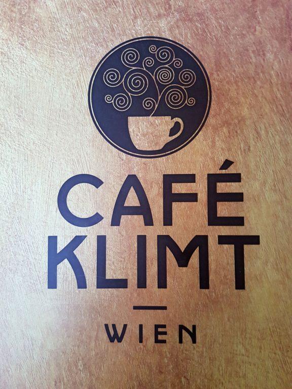 Eines von vielen Kafeehäusern Wiens