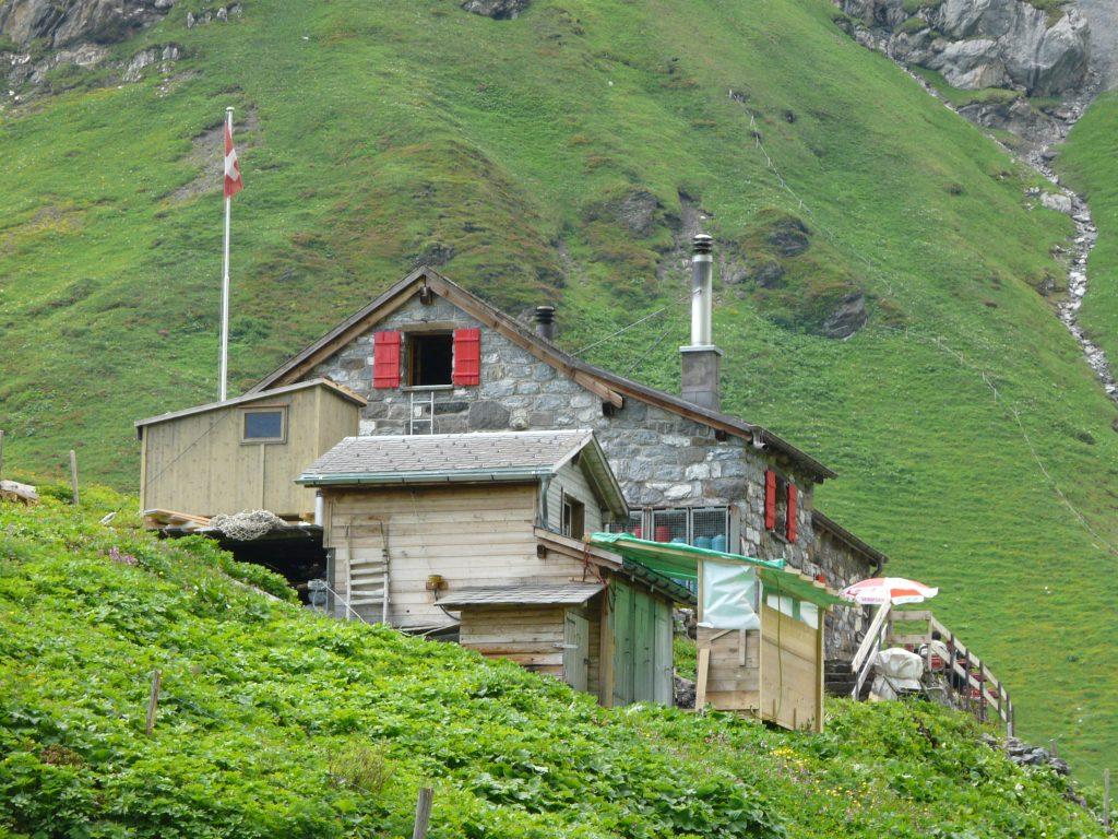Die Rotstockhütte am Bärentrek.