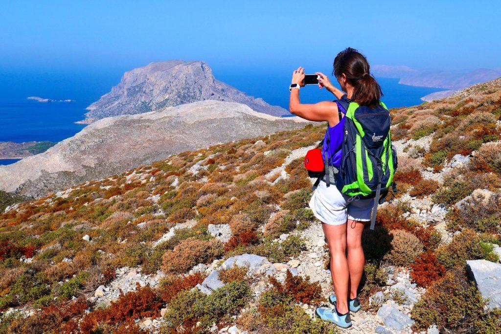 Fotostopp beim Trekking am Kalymnos-Trail